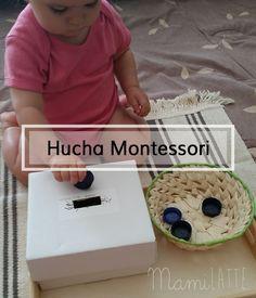 """En el post de hoy os presento un """"la hucha Montessori"""" que sería una continuación a la caja de permanencia que ya os había contado a..."""