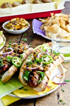 Hawaiian Hot Dogs with Grilled Pineapple and Teriyaki Mayo {can easily be veganized or made gluten free!} ::  theendlessmeal.com