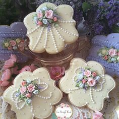Decorated cookies, flower cookies, plaque cookies, mothers day cookies, birthday cookies, cookie gift