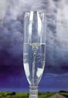 Experiment: Tornado in der Flasche - [GEO]