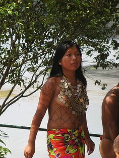 Young Embera Indian lady, Panama    www.liberatingdivineconsciousnesss.com
