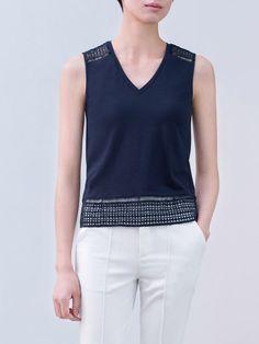 #AdoreWe AMII Sleeveless Cotton-blend V Neck Casual H-line Blouse - AdoreWe.com