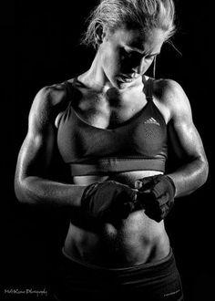 Fitness Portrait Launceston SKYE.jpg