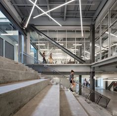 Completed in 2016 in Philadelphia, United States. Images by Michael Moran . An Icon for Innovation The Pennovation Center is a century paint factory, transformed into a century idea factory. The building is the. Innovative Architecture, Industrial Architecture, Interior Architecture, Atrium Design, Innovation, L Office, Interior Work, Glass Facades, Office Lighting