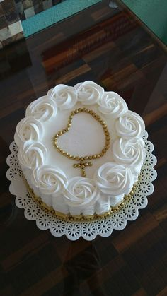Works for any formal occasion where white cake is appropriate, just change inside item First Holy Communion Cake, Religious Cakes, Confirmation Cakes, Cake Decorating Tips, Buttercream Cake, Frosting, Occasion Cakes, Savoury Cake, Sweets