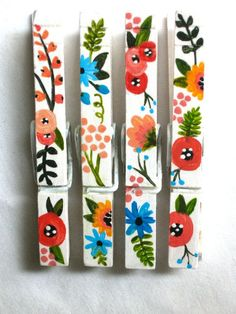 Flower clothespins magnets hand painted blue black green for Clothespin crafts for adults