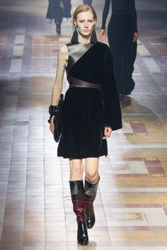 Lanvin Fall 2015 Ready-to-Wear - Collection - Gallery - Style.com