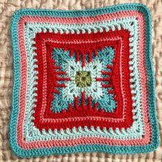 "Cat's Claw Afghan 12"" Or 10"" Block Motif by Margaret MacInnis - Free Crochet Pattern - (ravelry)"
