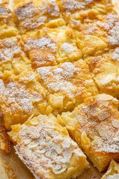 Apfelkuchen vom Blech - schnell, lecker und mega saftig - Einfach Malene Snacks To Make, Easy Snacks, Easy Meals, Fall Dessert Recipes, Egg Recipes For Breakfast, Recipes Dinner, Coconut Sweet Recipes, Healthy Protein Breakfast, Vegetarian Crockpot Recipes