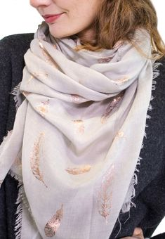 Ladies' Light Grey feather foil print scarf, by Style Slice, features shiny metallic feathers printed in rose gold. Elegant spring or summer shawl that can be personalised with a charm or a monogram. Suitable as a gift for anniversary, birthday or any day in which to tell the woman in your life, be it a Mum, Wife, Sister or Girlfriend, that she is special. #scarf #shawl #wrap #scarves #fashion #vintage #handmade #acessories #etsy #gift #feathers #headwrap #ootd