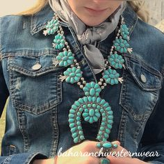necklace with faux turquoise Emerald Jewelry, Turquoise Jewelry, Silver Jewelry, Navajo Jewelry, Southwest Jewelry, Southwest Style, Western Jewelry, Ethnic Jewelry, Gold Jewellery