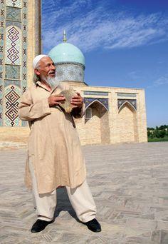 Cheerful local in #Uzbekistan   #Travel #Asia #Wanderlust #Traveller #HeartTravel
