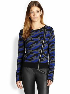 Blue, gray and black camo sweater with 80s style zippers. WHY, Diane von Furstenberg? #fashionfail