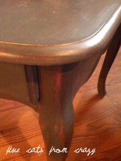 Chalk paint recipe-- this one shows 2 different colors of chalk paint..