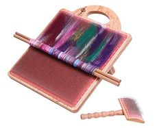Paint with fibre with this blending board by Ashford. Blend fabulous fibres in your favourite colours, rolags for spinning or batts for wet felting. Spinning Wool, Hand Spinning, Spinning Wheels, Wet Felting, Needle Felting, Palette, Fibres, Loom Weaving, Tapestry Weaving
