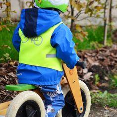 Kostenloses Schnittmuster und Nähanleitung für eine Warnweste für Kinder. Fahrradweste / Laufradweste selber nähen