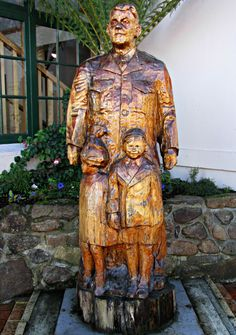 Wood Carvings, #Geeveston #Tasmania. Article and photo for think-tasmania.com