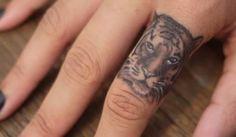 Será que dói fazer uma tatuagem no dedo?