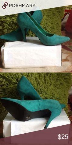 ADORABLE❤️🎀❤️ Toi et Moi shoe ADORABLE Toi et Moi shoe worn a few times in good condition Shoes Heels