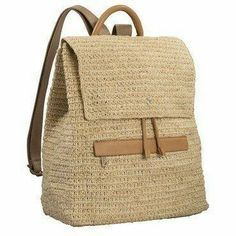 A modern and ultra chic crochet backpack with leather contrast. Features drawstring closure and zip pocket, it is a great everyday bag. Crotchet Bags, Knitted Bags, Handmade Handbags, Handmade Bags, Backpack Bags, Leather Backpack, Mochila Crochet, Crochet Backpack, Style Casual