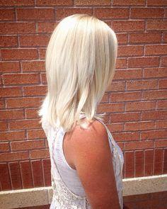 #avedablonde #aveda #platinumblonde #highlights #hairstyles