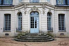 """388 Likes, 3 Comments - ChRfer (@chr_fer) on Instagram: """"A pans coupés Château de Jossigny, façade sur jardin Jossigny, Seine-et-Marne, Île-de-France The…"""""""
