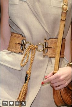 A perfectly handcrafted belt elevates this neutral fabric into fabulousness. Fashion Belts, High Fashion, Fashion Outfits, Womens Fashion, Gucci Fashion, Leather Accessories, Fashion Accessories, Corset Sexy, Ethno Style