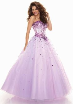 Mori Lee Prom 93012 on Song Song Costa - This beautiful dress will make you a fairy princess on your big night. Mori Lee Prom Dresses, Modest Homecoming Dresses, Affordable Prom Dresses, Plus Size Prom Dresses, Tulle Prom Dress, Bridesmaid Dresses, Fabulous Dresses, Pretty Dresses, Fancy Gowns