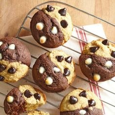 The Big Diabetes Lie- Recipes-Diet - Muffins breakfast to-go from Diabetic Living Doctors at the International Council for Truth in Medicine are revealing the truth about diabetes that has been suppressed for over 21 years. Diabetic Muffins, Diabetic Breakfast Recipes, Healthy Muffin Recipes, Diabetic Desserts, Healthy Muffins, Diabetic Recipes, Brunch Recipes, Delicious Desserts, Dessert Recipes
