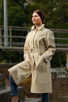 Mackintosh Raincoat, Rubber Raincoats, Riding Jacket, Burberry Trench, Swing Coats, Rain Wear, Double Breasted, Lady, Cotton