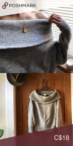 H&M Off the Shoulder Sweater This beauty is so cozy and in great condition. Barely worn and super soft. H&M Sweaters Cowl & Turtlenecks Plus Fashion, Fashion Tips, Fashion Trends, Turtlenecks, Cowl, Off The Shoulder, Gray Color, Sweaters For Women, Outfits