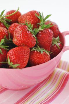 Strawberries | Alkaline Sisters - Julie Cove