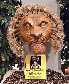Mufasa Mask - Lion King Theatre
