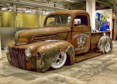(19) Rusty's Custom Paint & Hot Rod Shop