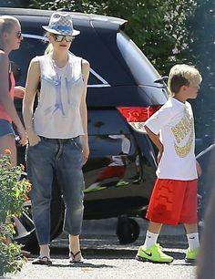 Gwen Stefanii takes her boys Kingston and Zuma to their dad Gavin Rossdale's tennis match