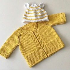 Hand knitted baby cardigan with decoration.Knitted baby by AnaSwet Crochet Baby Sweaters, Baby Cardigan Knitting Pattern, Knitted Baby Cardigan, Knitted Baby Clothes, Baby Knitting Patterns, Baby Patterns, Jacket Pattern, Knitting Ideas, Cardigan Bebe