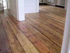 reclaimed hardwood - looks awesome. Reclaimed Hardwood Flooring, Timber Flooring, Plank Flooring, Kitchen Flooring, Hardwood Floors, Pine Floors, Hardwood Floor Colors, Flooring For Stairs, Farmhouse Remodel