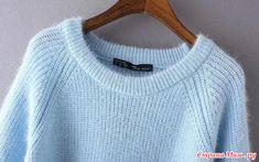 Мохеровый пуловер жемчужной резинкой.