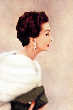 Harper's Bazaar, April 1952    Photo by Richard Dormer