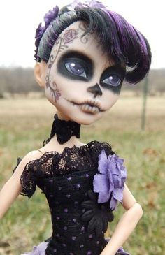 Jackson Monster High Repaint | More like this: monster high custom , monster high and monsters .