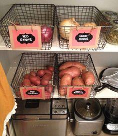 おいしい料理を作るために、つねに清潔で使いやすいキッチンは欠かせない存在です。 今回は、キッチン周り …