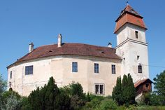Guest contributor Duncan JD Smith conjures up the spirit of an Austro-Hungarian borderland when he visits Burg Bernstein - a fortified country house in the rippled hills of Austria's Burgenland region. Feldkirch, Austro Hungarian, Central Europe, Borderlands, The Conjuring, Austria, Medieval, Spirit, Mansions
