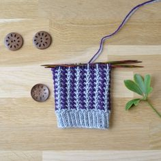 Knitting Socks, Knitted Hats, Cross Stitch Patterns, Knitting Patterns, Knots, Knit Crochet, Diy, Crocheting, Heaven