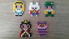 Perler Beads Alice in Wonderland. Alice, White Rabbit, Mad Hatter, Queen of Hearts, Chesire Cat