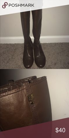 Boots Worn about 5 times. Dark brown Anne Klein boots in good condition. Anne Klein Shoes Winter & Rain Boots
