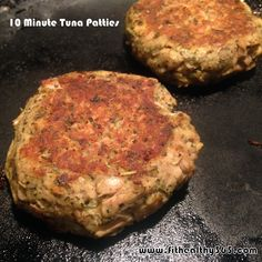 Easy Tuna Patties {Recipe} 1 can of tuna 1 Tbsp lemon juice 1 Tbsp Dijon mustard 1 Tbsp parmasan cheese 1 Tbsp Italian seasoning (or whatever herbs/spices you want to use) Pinch of garlic powder and black pepper 1 egg Fish Recipes, Seafood Recipes, Cooking Recipes, Healthy Recipes, Canned Tuna Recipes, Recipies, Keto Recipes, Healthy Foods, Healthy Tuna Recipes
