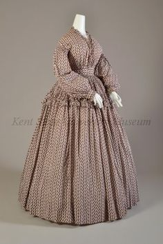 Day dress, printed cotton, 1860-63, American. Kent State University Museum accession no. 1986.127.0001