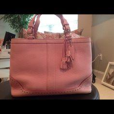 Handbag Pretty Pink Coach Handbag. Beautiful used condition. Slight fading around bottom edges, not noticeable. Coach Bags