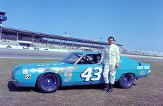 1969 torino richard petty | Richard Petty Motorsports drops Dodge for Ford, joins Yates Racing ...