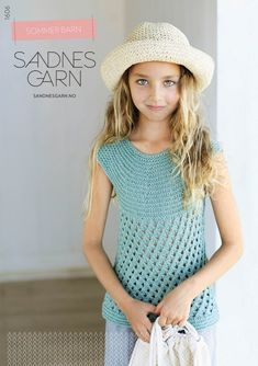 Cotton and linen in delicate colors are perfect for summer knits to children. In sunny Cape Town we found the correct feeling to photograph this collection. Summer Knitting, Knitting For Kids, Crochet Baby, Knit Crochet, Inspiration For Kids, Summer Kids, Cape Town, Barn, Children